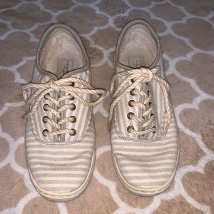 Ugg lace up shoes size 7